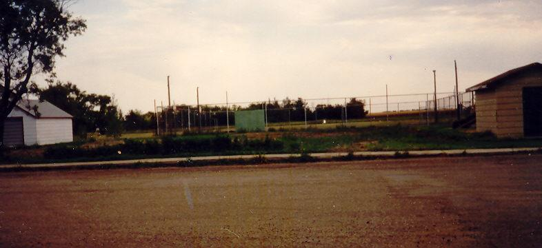 1995 School grounds